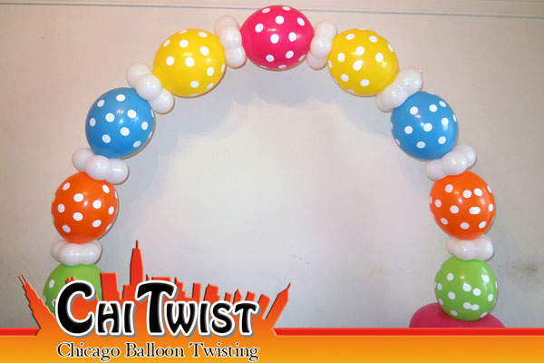 Table Arch Balloons