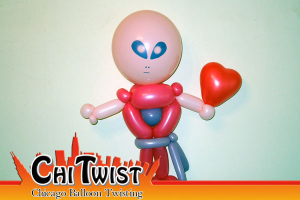 Love Alien Valentine's Day Balloon